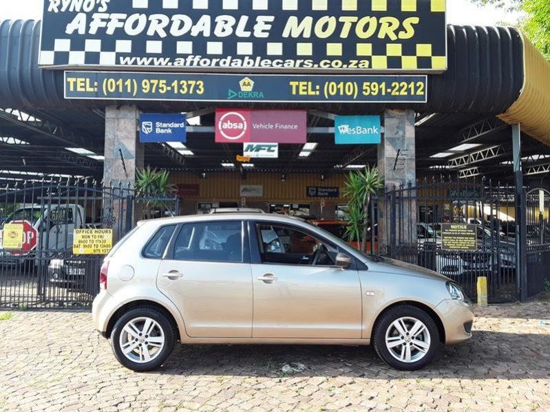 2014 Volkswagen Polo Vivo Hatch 1.6 Comfortline For Sale in Gauteng
