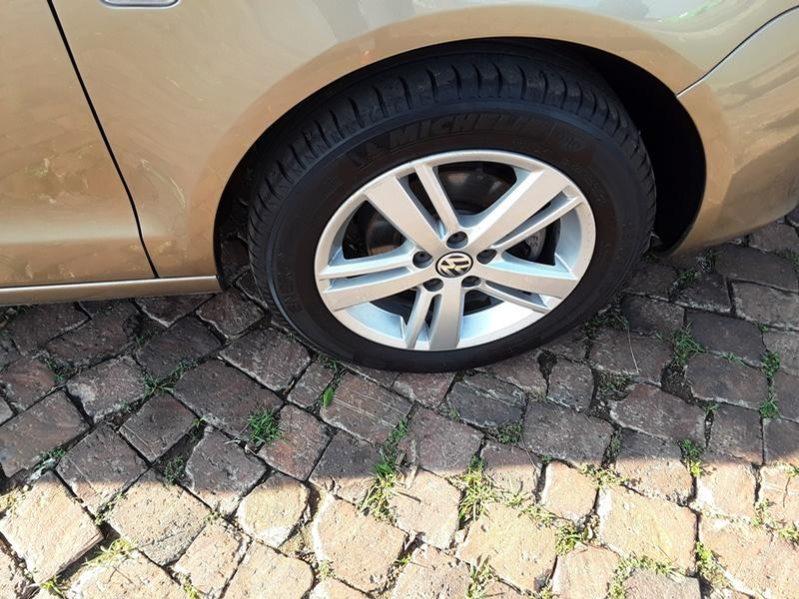 2014 Volkswagen Polo Vivo Hatch 1.6 Comfortline For Sale in Gauteng full
