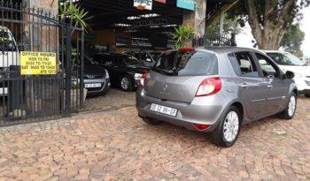2011 Renault Clio III 1.6 Dynamique 5-Door For Sale in Gauteng full