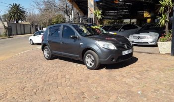 2010 Renault Sandero 1.6 United For Sale in Gauteng full