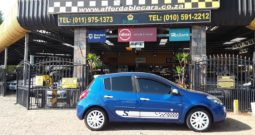 2010 Renault Clio III 1.6 S 5-Door For Sale in Gauteng